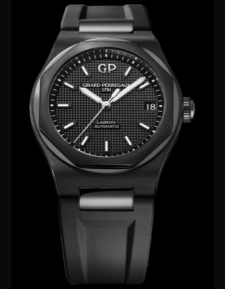 Laureato 42 mm Ceramic