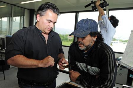 Diego Maradona visite la manufacture Hublot