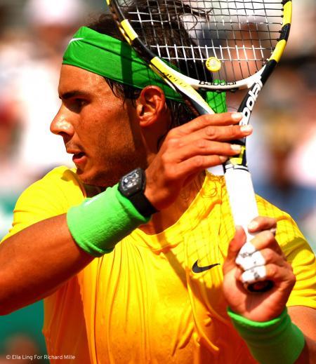 La RM 027 que porte Rafael Nadal, depuis 2010, lors de tous ses matches, sera vendue au profit de la recherche contre la myopathie de Duchenne. © Ella Ling For Richard Mille