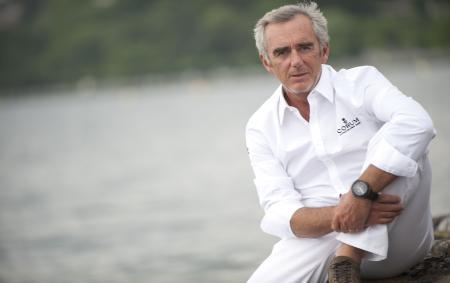 Le navigateur Loïck Peyron est désormais le Conseiller de Corum pour tous les sponsorings véliques. En tant qu'ambassadeur de la marque, il portera l'Admiral's Cup avec fonction régate qui sera dévoilée en 2013.