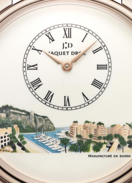 Gros plan sur le cadran en émail Grand Feu ivoire de la superbe montre créée par Jaquet Droz pour Only Watch 2011.
