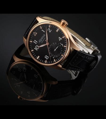 La montre Alpina vendue au profit de la fondation Children's Heart : la Startimer Pilote Manufacture dans une version en or rose.