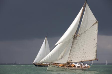 Au large de l'île de Wight, 71 yachts classiques et d'époque se sont affrontés lors de la Panerai British Classic Week, édition 2011.