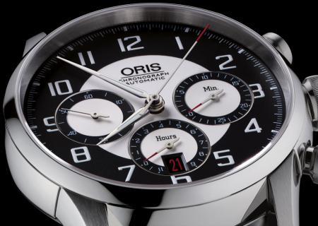 La 'Oris RAID 2011 Chronograph Edition' est produite en une série limitée à 500 pièces.