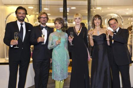 Benjamin Vuchot, Nicolas Bos, Josephine Siao Fong Fong, Cate Blanchett, Catherine Renier et Stanislas de Quercize.©Van Cleef & Arpels