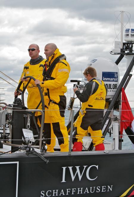 Zinedine Zidane, ambassadeur IWC, à bord du monocoque de l'équipe Abu Dhabi Ocean Racing. ®JRENEDO22722