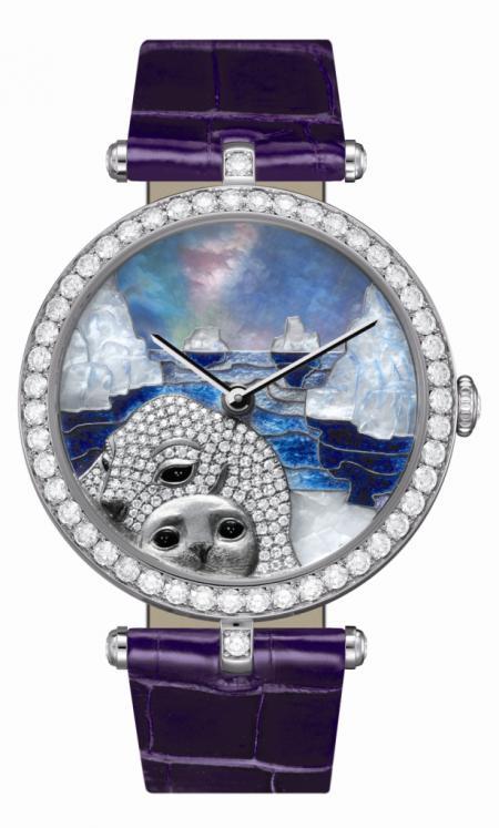 La montre Lady Arpels Paysage Polaire motif phoque de Van Cleef & Arpels a obtenu le prix de la Montre joaillerie et métiers d'art au Grand Prix d'Horlogerie de Genève 2011.