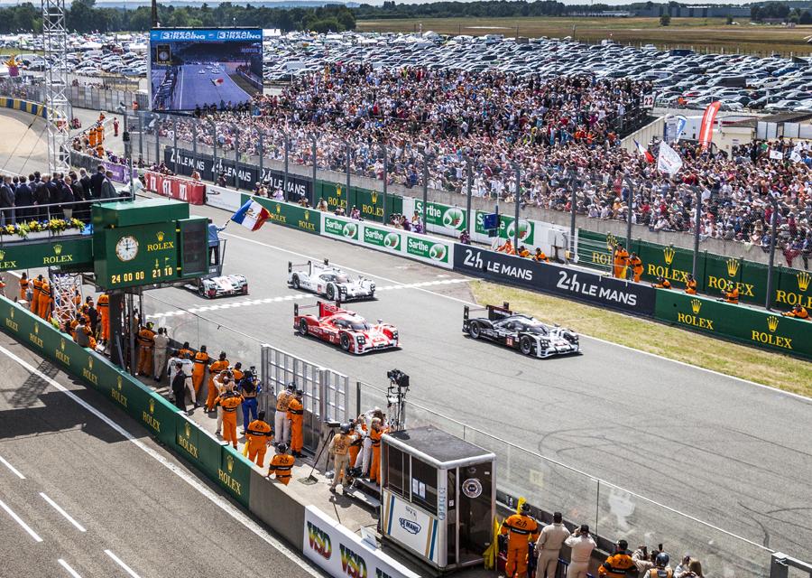 Départ de la 83ème édition des 24 heures du Mans 2015 - ©Rolex/Stephan Cooper