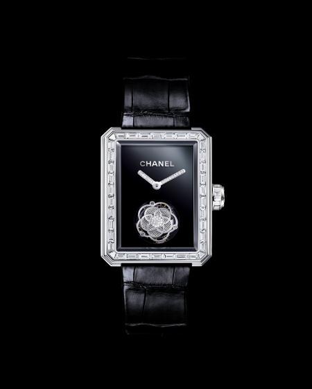 Montre Première Tourbillon Volant de Chanel.