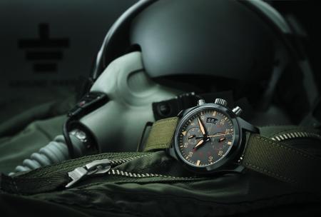 IWC - Montre d'Aviateur Chronographe TOP GUN Miramar. Ambiance