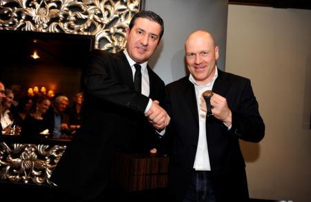 Antonio Calce, CEO de Corum, et Didier Cuche, ambassadeur Corum.