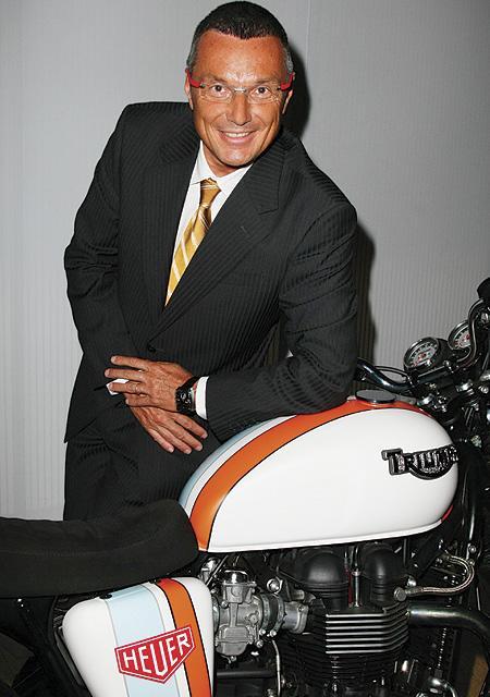 Jean-Christophe BABIN, Président et Directeur-Général de TAG Heuer, et la Triumph Bonneville Heuer Concept
