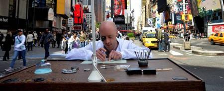 Première étape de la Tournée des jeunes horlogers Girard-Perregaux : New York.