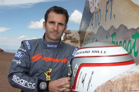 Romain Dumas avec à son poignet la RM 011 FM de Richard Mille. ©Rainier Ehrhardt