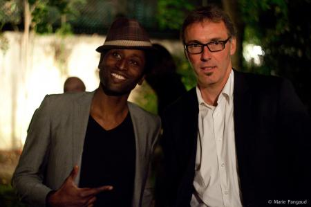 Laurent Blanc et Keziah Jones.
