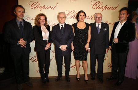 David Giménez, Caroline Scheufele, José Carreras, Anna Netrebko, Karl Scheufele et Erwin Schrott.