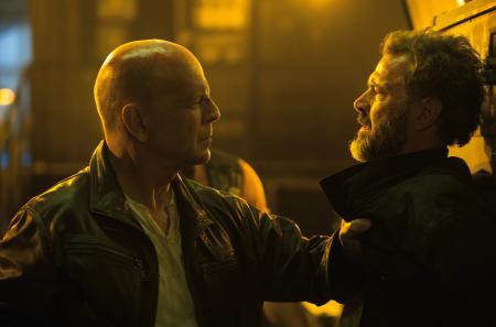 Bruce Willis dans le film Die Hard : Belle journée pour mourir.
