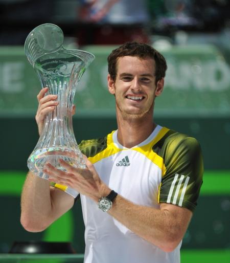 Andy Murray, ambassadeur mondial Rado, remporte le Masters 1000 de Miami.