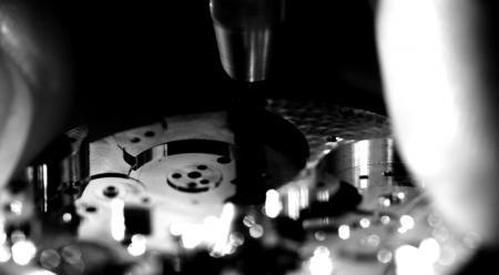 Roger Dubuis, dédie un film au très exclusif Poinçon de Genève - Movement