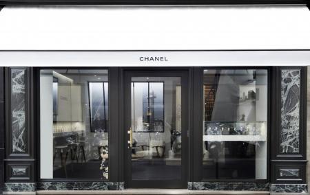 Boutique éphémère Chanel dédiée à la Permière