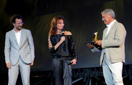 Jacqueline Bisset, Jean-Marc Jacot, CEO Parmigiani, et Carlo Chatrian, Directeur artisitique du Festival du Film de Locarno