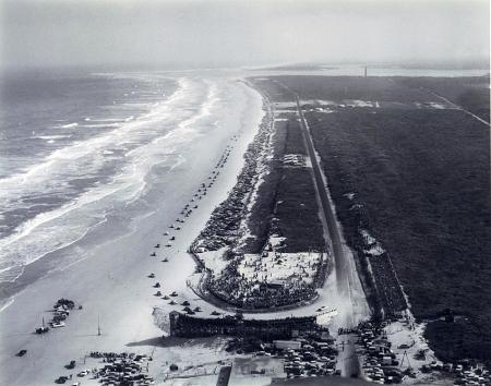 Plage de Daytona Beach - 1955 - ©ISC Archives/Getty Images