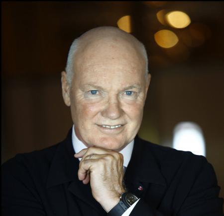 Monsieur Jean-Claude Biver, Président de Hublot prendra la responsabilité globale des autres marques horlogères, TAG Heuer et Zenith