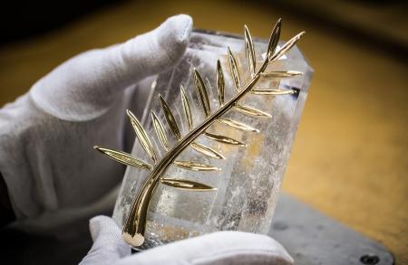 La Palme sur sa base de cristal