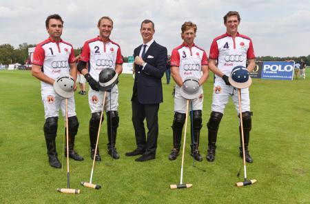 Piaget et l'équipe d'Angleterre - Ollie Cudmore, Mark Tomlinson, Philippe Léopold-Metzger, CEO Piaget, James Beim et Luke Tomlins