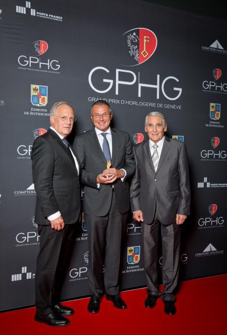 Johann Schneider-Ammann (Conseiller fédéral), Jean-Christophe Babin (CEO de Bulgari, marque lauréate du Prix de la Montre Joaillerie 2014) et Carlo Lamprecht (Président de la Fondation du GPHG)