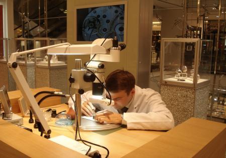 Animation horlogère au Printemps Haussmann