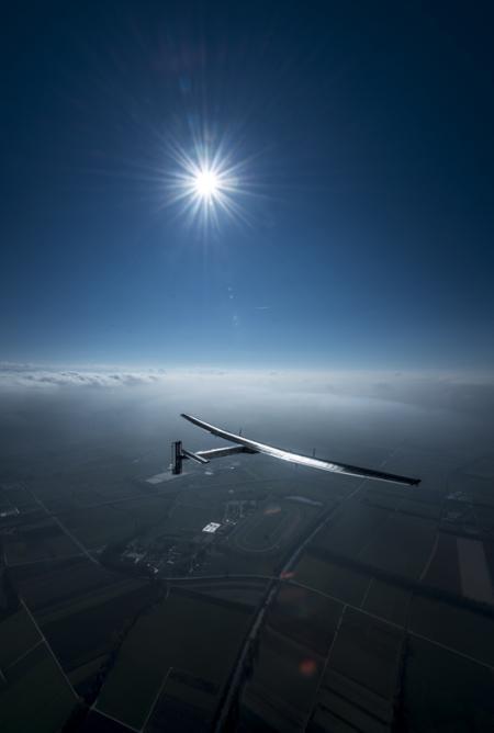 Solar Impulse project - Omega - Solar Impulse 2 - Vol autour du monde prévu en mars 2015