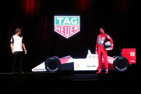 Fernando Alonso et l'hologramme d'Ayrton Senna