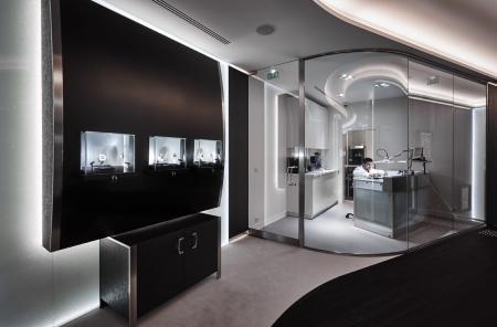 La nouvelle boutique de Richard Mille avenue Matignon - c Jerome Bryon