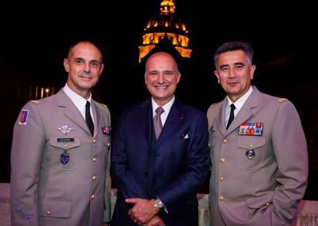 Général Le Ray, Gouverneur Militaire de Paris, Carlos-A. Rosillo, Bell & Ross CEO, et le Général Baptiste, Directeur du Musée de l'Armée