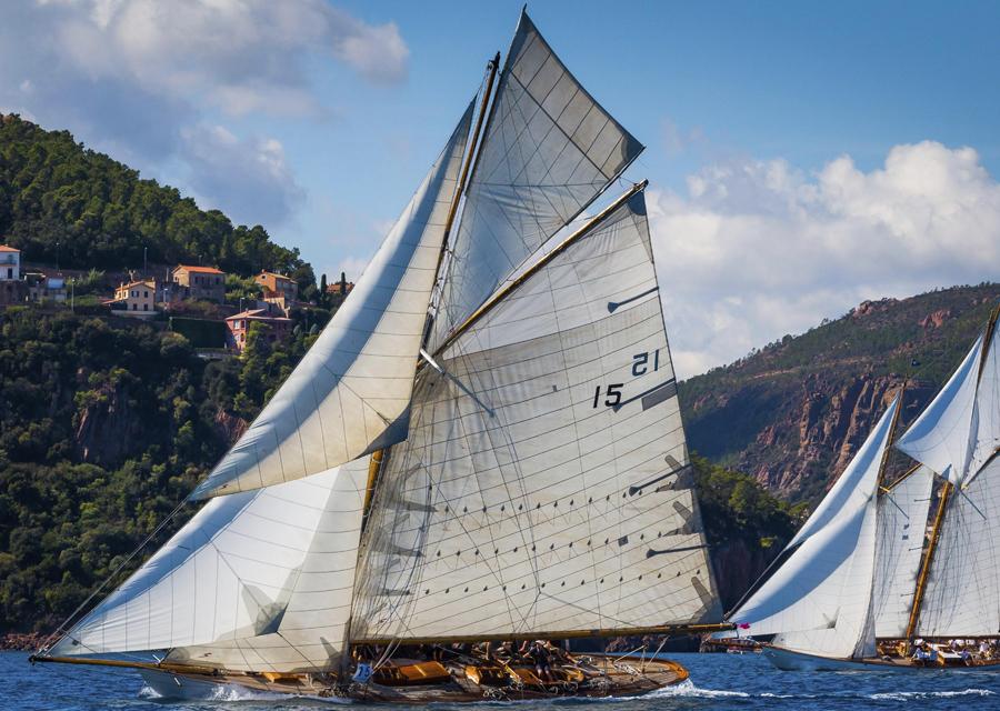 Comptant onze régates à travers le monde, le Panerai Classic Yachts Challenge réservé aux voiliers de course anciens fête cette année sa 13e édition - © Guido Cantini-Panerai