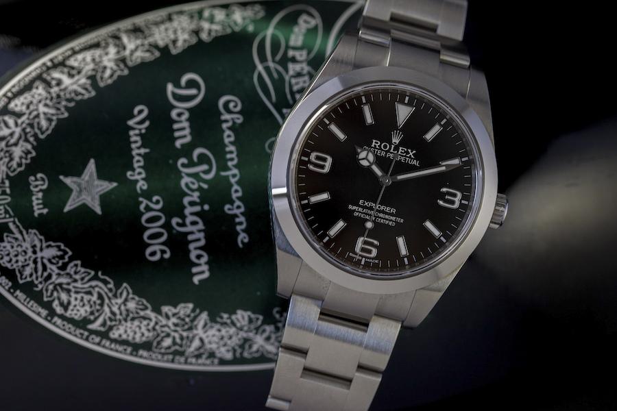 Montre ROLEX Oyster Perpetual Explorer - Acier 904L - Cadran noir, satiné Mouvement automatique Rolex - Certifiée Chronomètre Superlatif