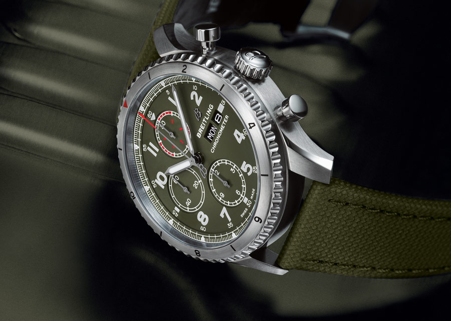 Breitling Aviator 8 Chronographe 43 Curtiss Warhawk
