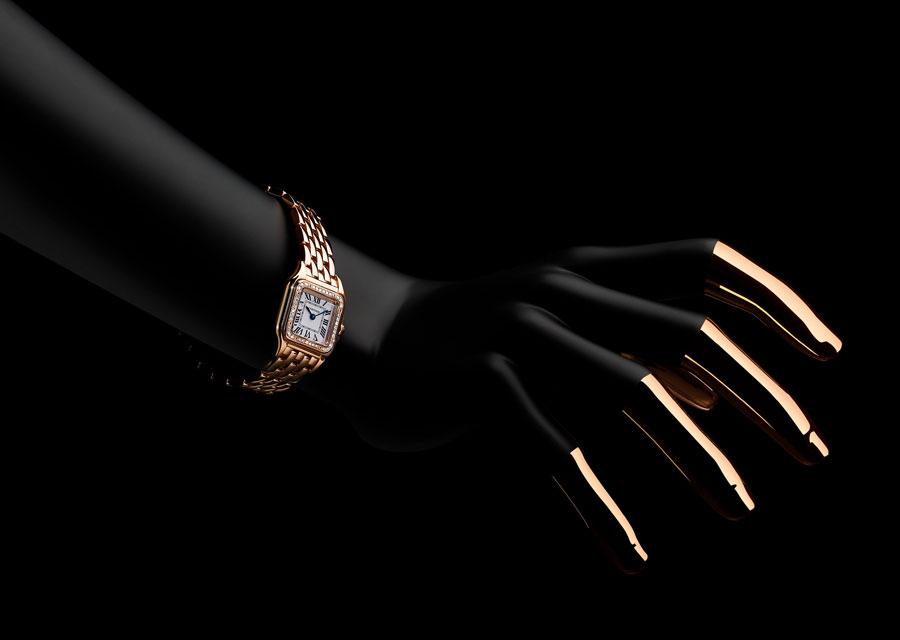 La Panthère de Cartier en or rose sertie de diamants