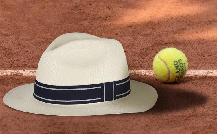 Le panama griffé Roland-Garros