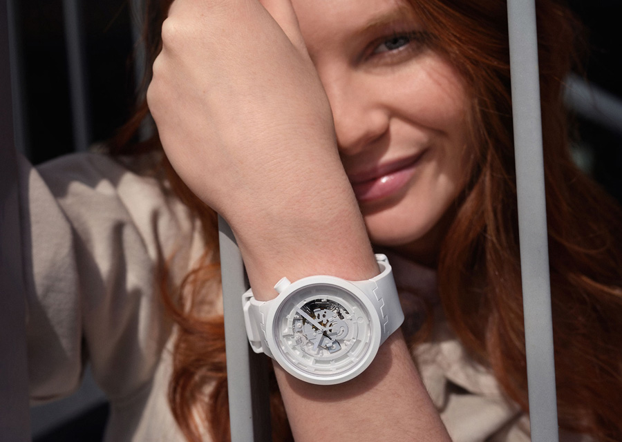 La version blanche de la Big Bold Bioceramic de Swatch