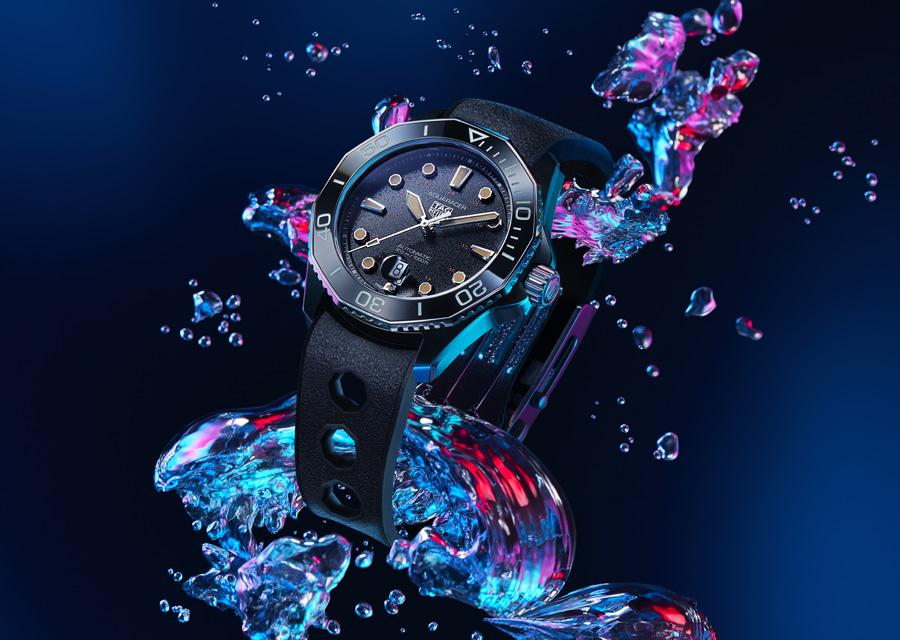 La montre de plongée TAG Heuer Aquaracer Tribute to Ref.844 est en titane et lunette en céramique noire