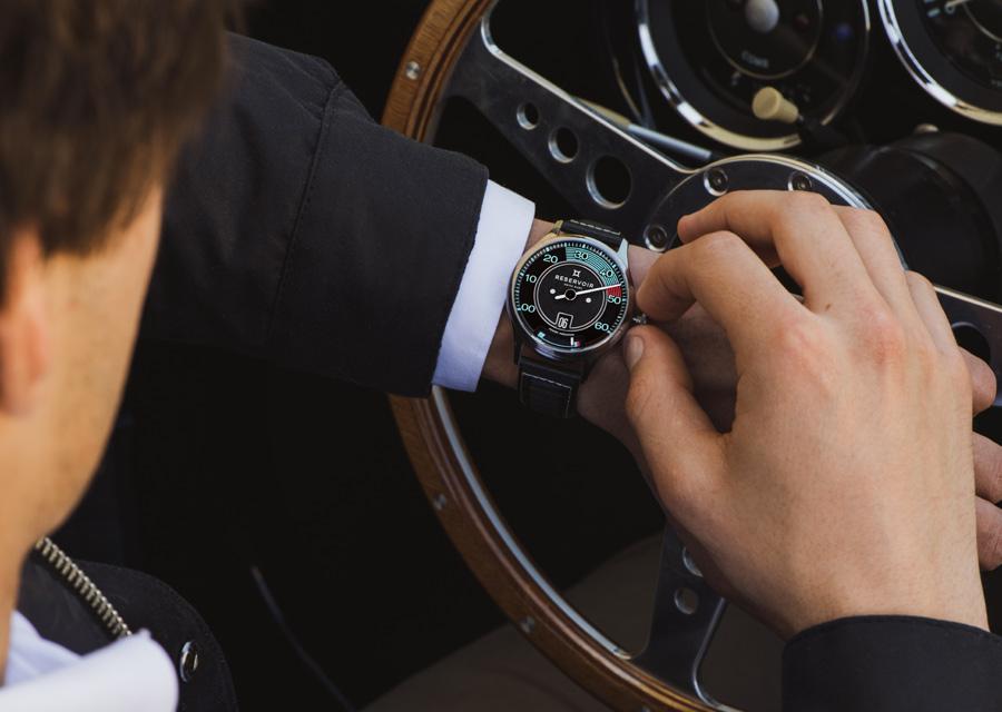 Toutes les fonction se règlent avec la couronne sur les montres Reservoir