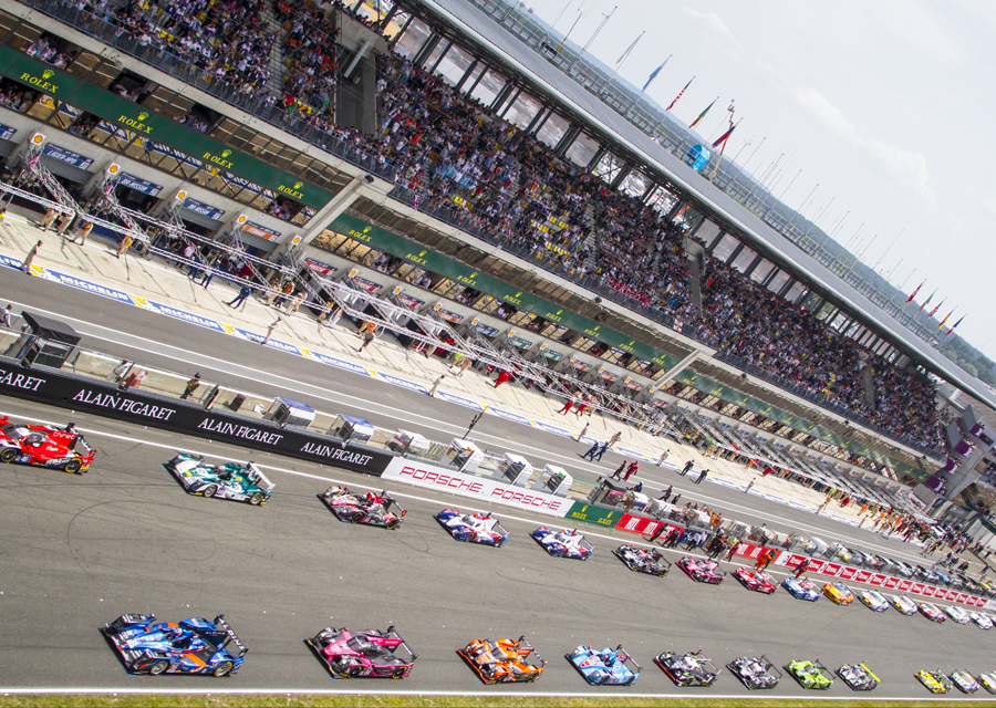 The starting grid of the 24 hours of Le Mans 2015 - ©Rolex/Stephan Cooper