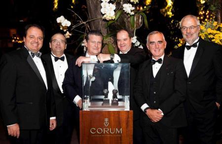 Soirée de gala pour Loïck Peyron et Corum qui fait son retour sur le marché Brésilien avec son partenaire Grifith Jeweller.