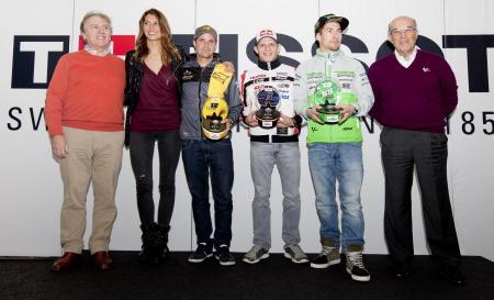 Collection Tissot MotoGP™ 2015 Premier - Francois Thiebaud et Carmelo Ezpeleta avec les ambassadeurs MotoGP de Tissot