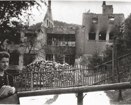 Bâtiment détruit par les bombes - 1945