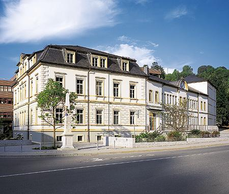 Le siège de Lange restauré - 2001