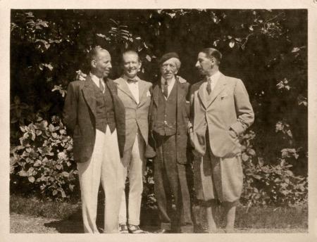 Alfred Cartier et ses trois fils en 1922